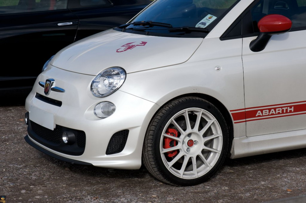 Abarth 500 White Wallpaper