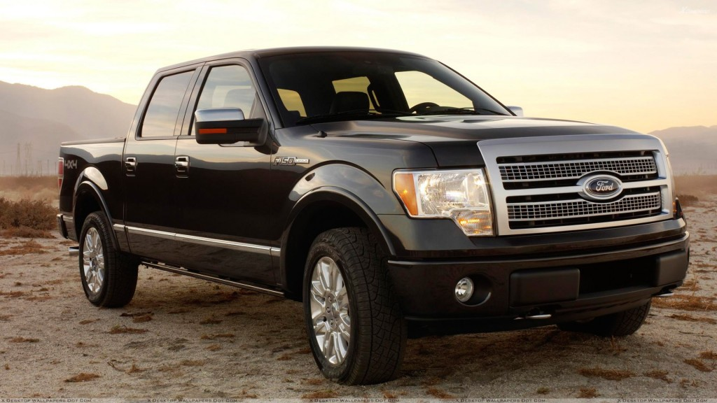 Front Side Pose oF 2009 Ford F-150 Platinum In Black