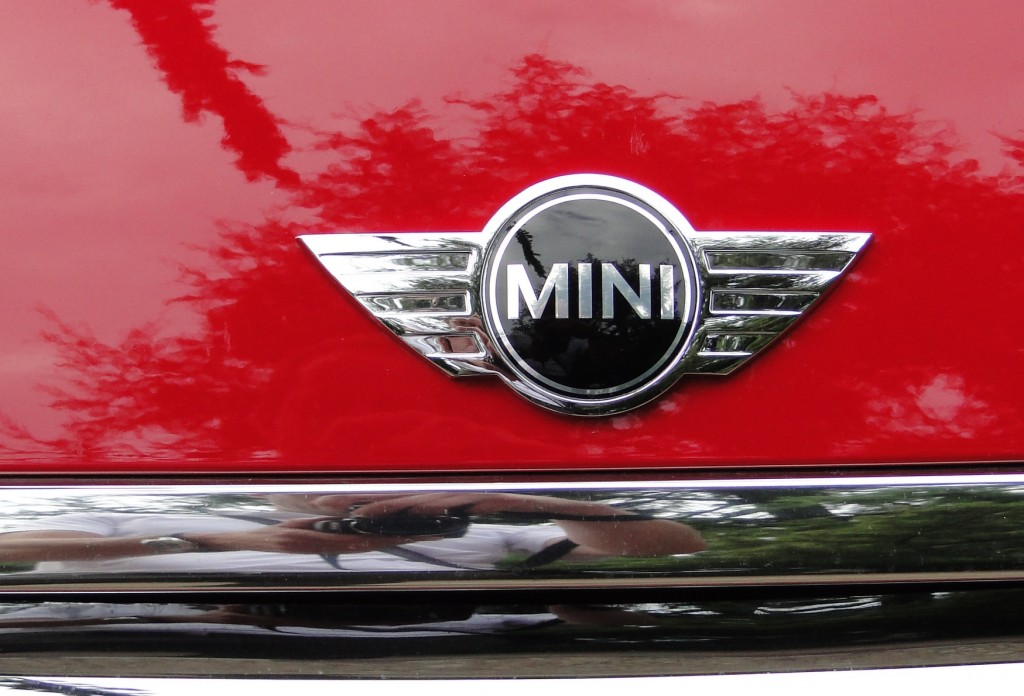 Mini Cooper Logo HD Wallpaper