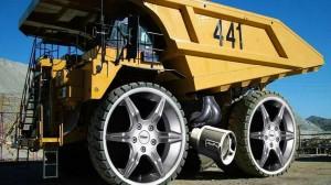 Heavy Wheel Truck