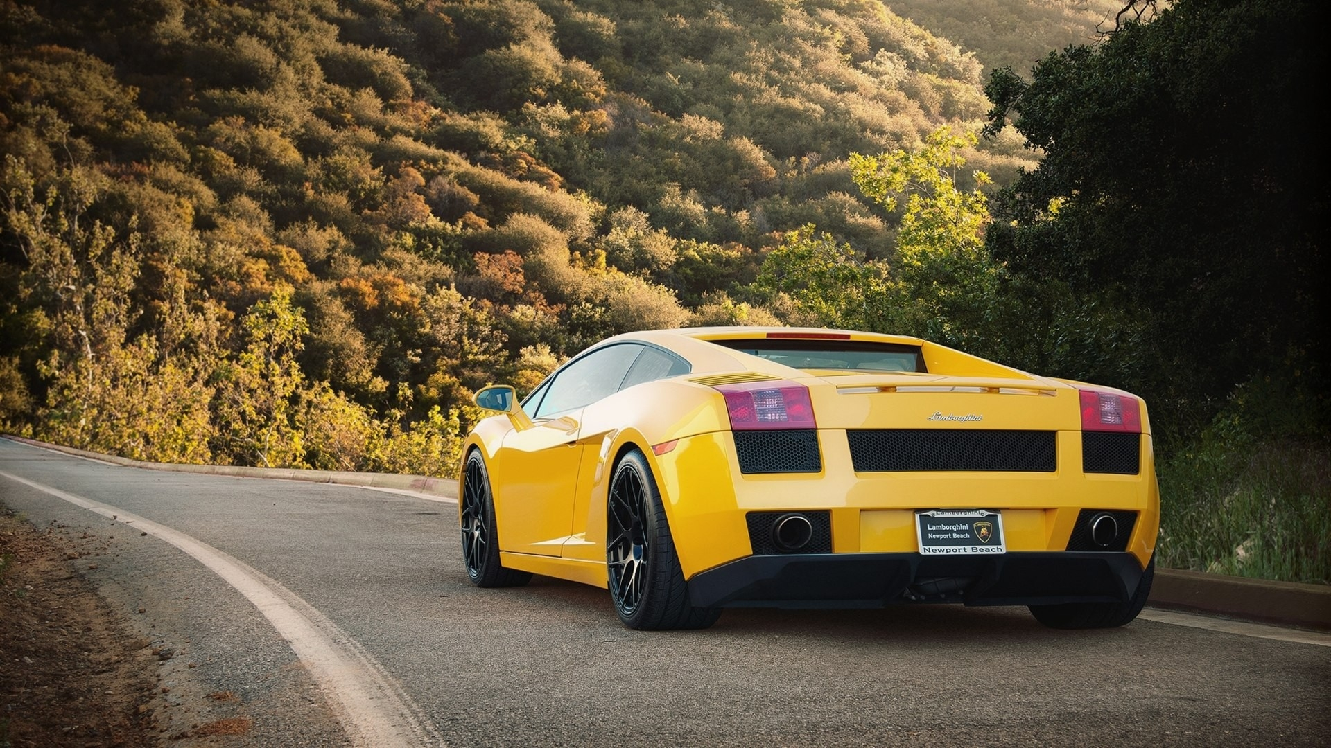 Images Of Yellow Lamborghini Wallpapers Spacehero