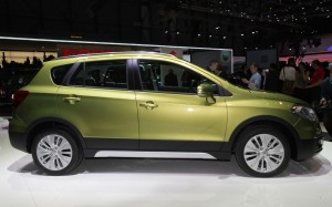 download Side View Suzuki 2014 SX4 Green