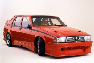 free Alfa Romeo Alfa Romeo 75 Wallpapers