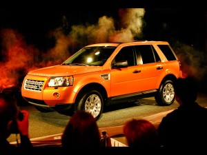 download Land Rover LR2 at 2007 LA Auto Show
