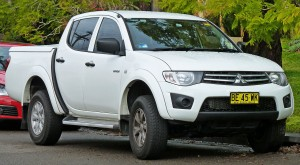 download Mitsubishi L200 Car HD Photos