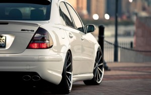 Download Heroic Look Mercedes Benz HdWallpaper