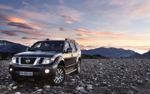 Download Nissan Pathfinder Car Hd Wallpaper