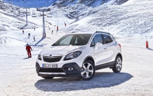 Download Opel Mokka On Ski Track Hd Wallpaper