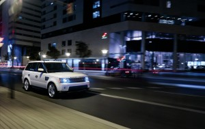 Download Range Rover Speed On Hd Wallpaper