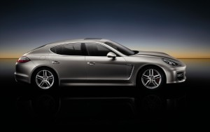 Download Glint Porsche Panamera Hd Wallpaper