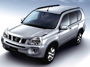 Download Nissan X Trail 20GT Shiny HdWallpaper