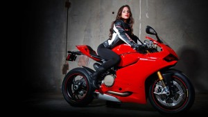 download Ducati 1199 Panigale S Wallpaper