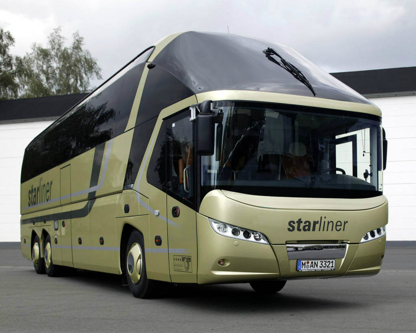 download Starliner alaska Bus Best Pics