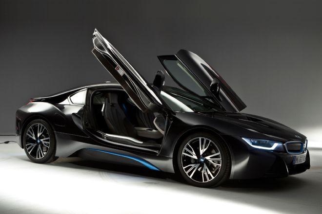 BMW i8 Sliding Doors
