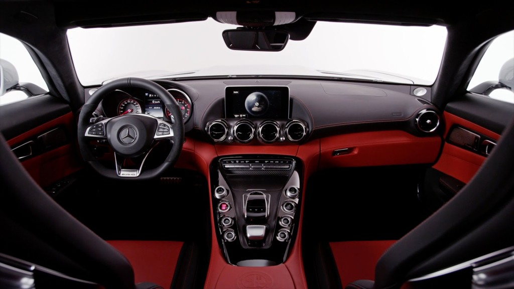 Mercedes-Benz AMG GT S-2 INTERIOR