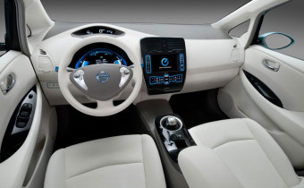 Nissan-leaf-interior-view