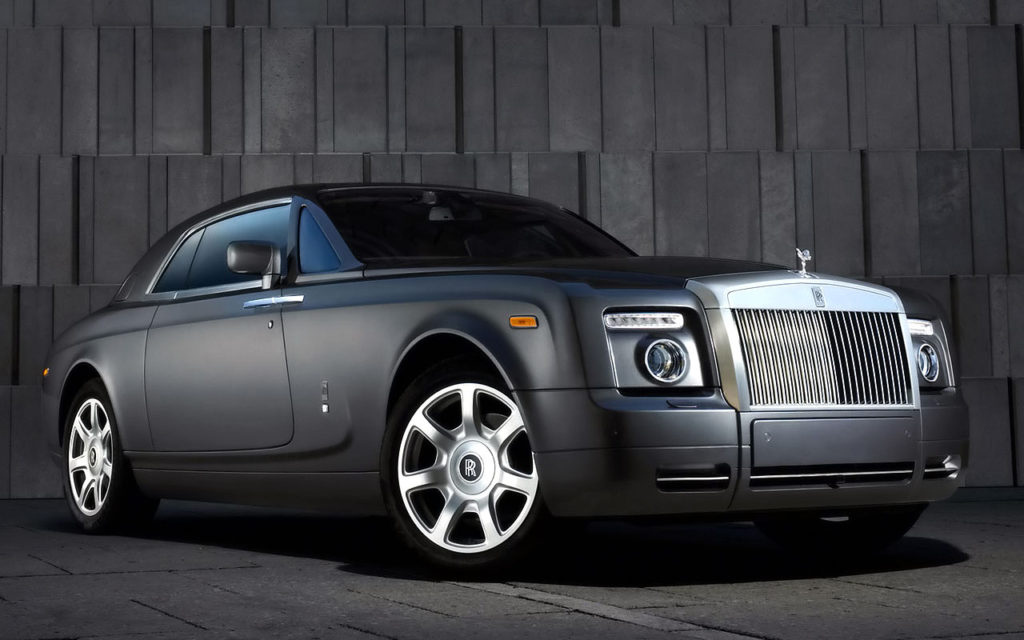 Rolls royce phantom car detail for Wallpaper rolls clearance