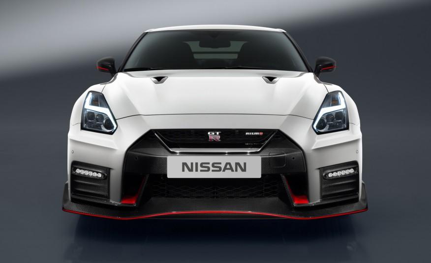 2017-Nissan-GT-R-NISMO-101-876x535-1