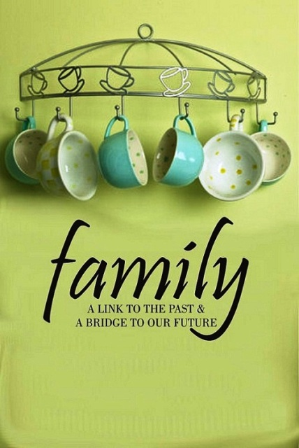 family-day-wallpaper