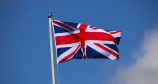 Waving-Flag-of-UK-Official-Flag