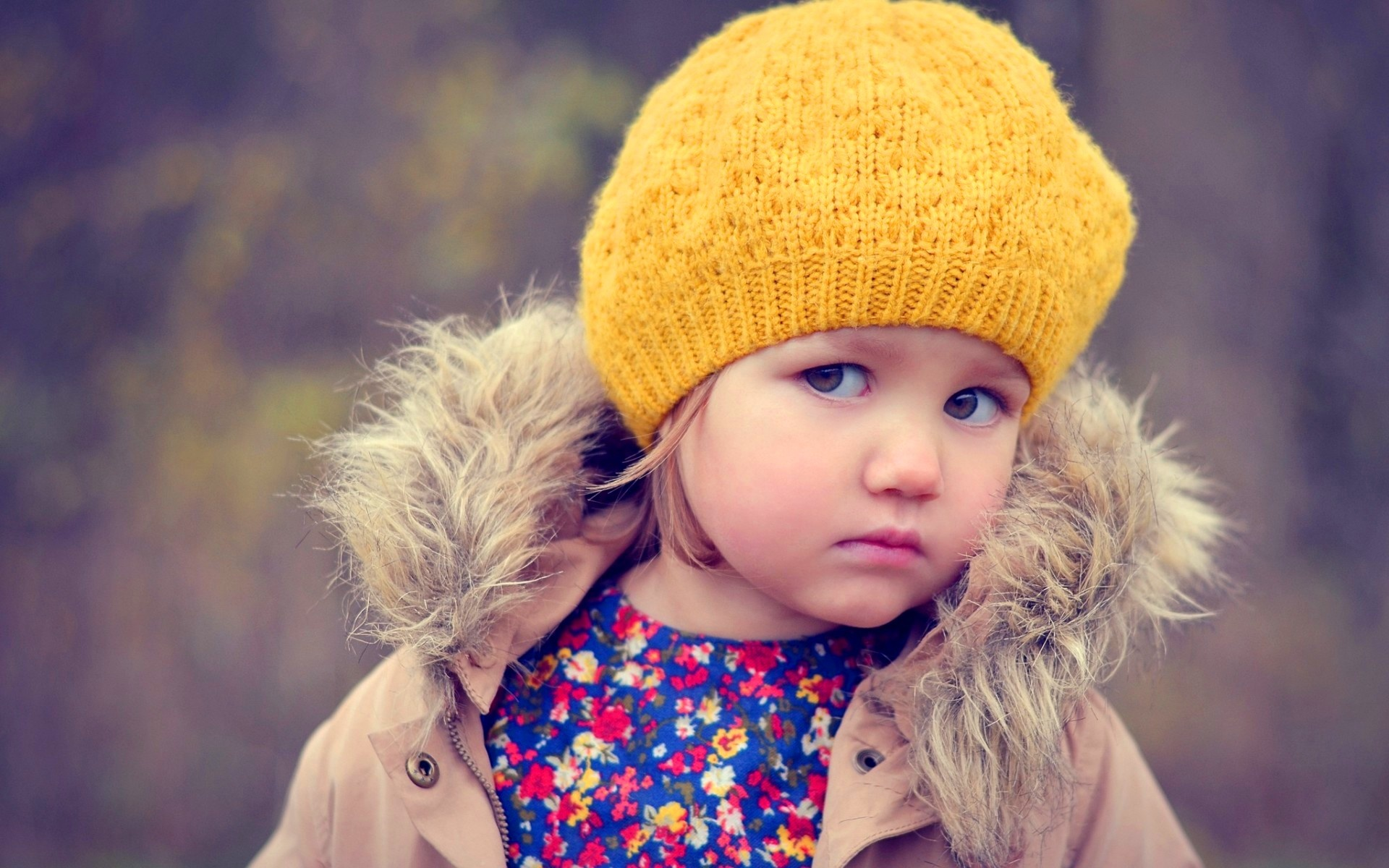 Angry-Cute-Baby-Girl-photos-Images-wallpapers