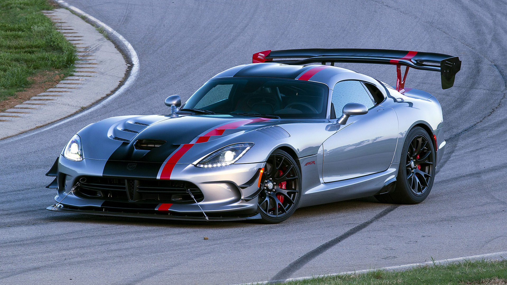 Dodge Viper Gt 2017 Wallpapers and Pics