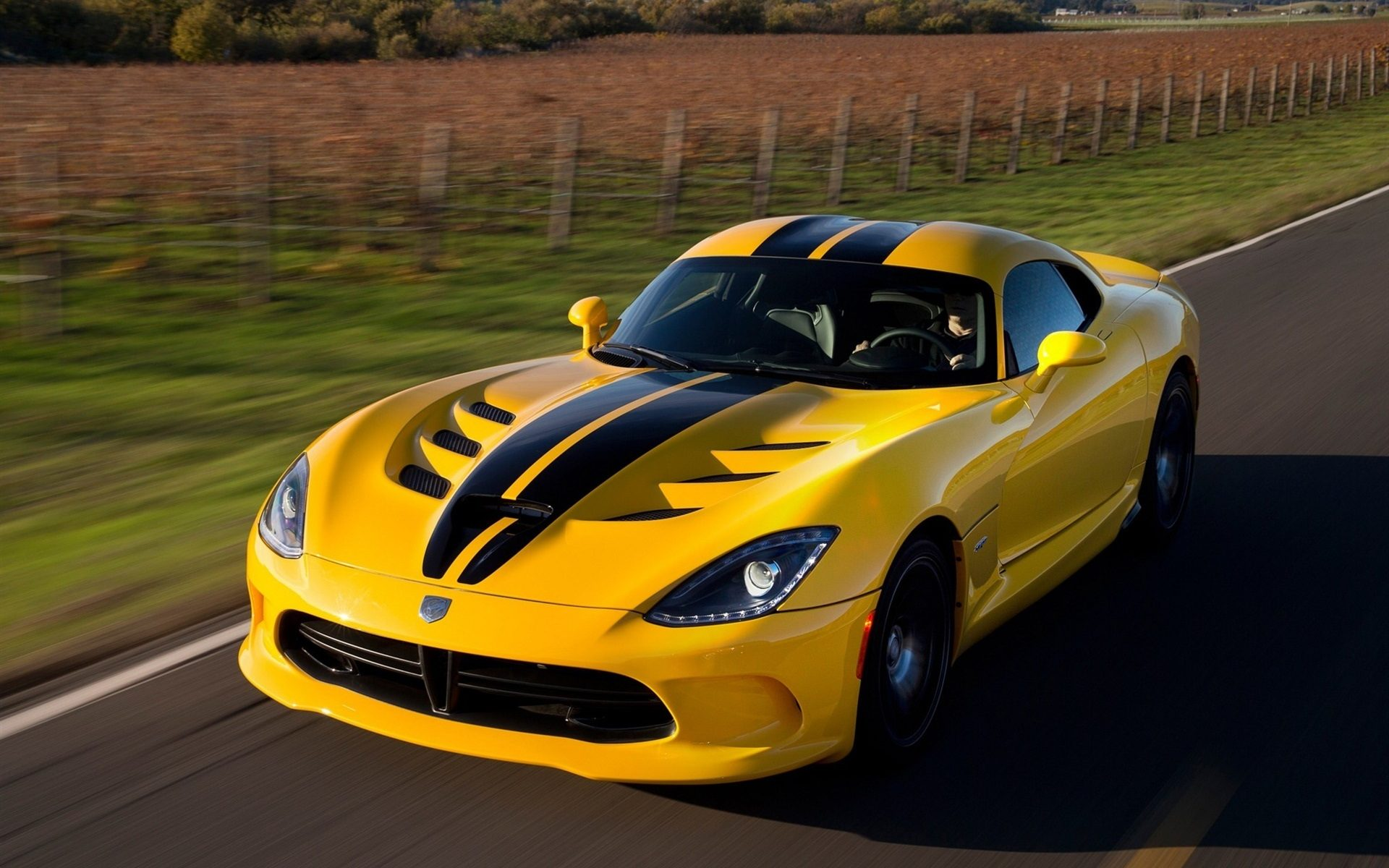 Dodge-Viper-SRT-GTS-Yellow-Color