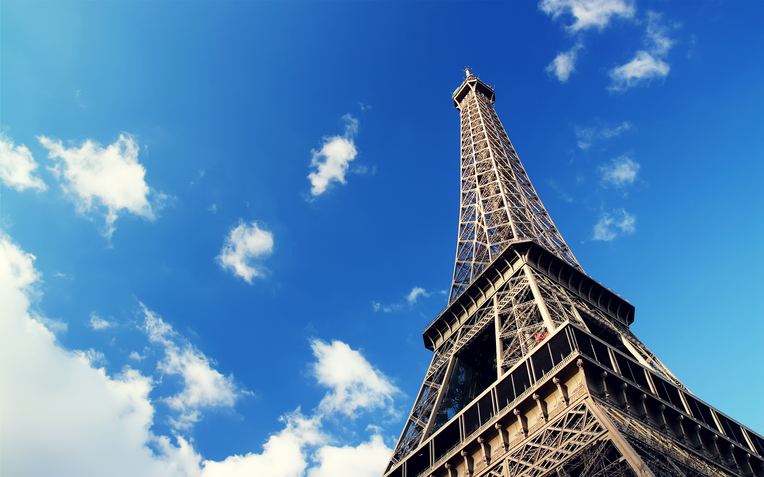 fantastic-eiffel-tower-wallpapers-Download