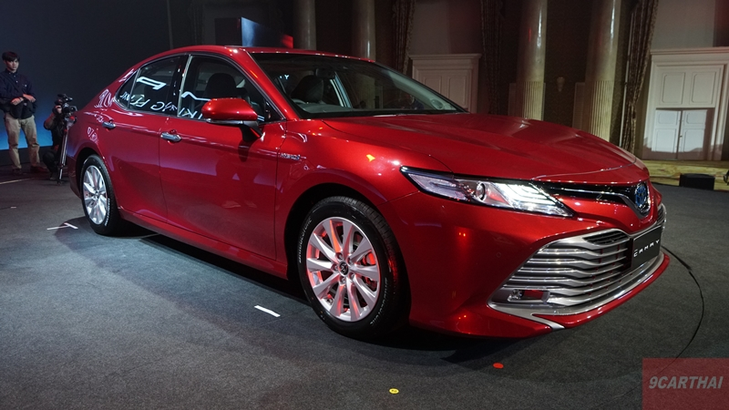 ALL-NEW-TOYOTA-CAMRY-HYBRID